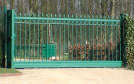 Porte coulissante sur rail lancio