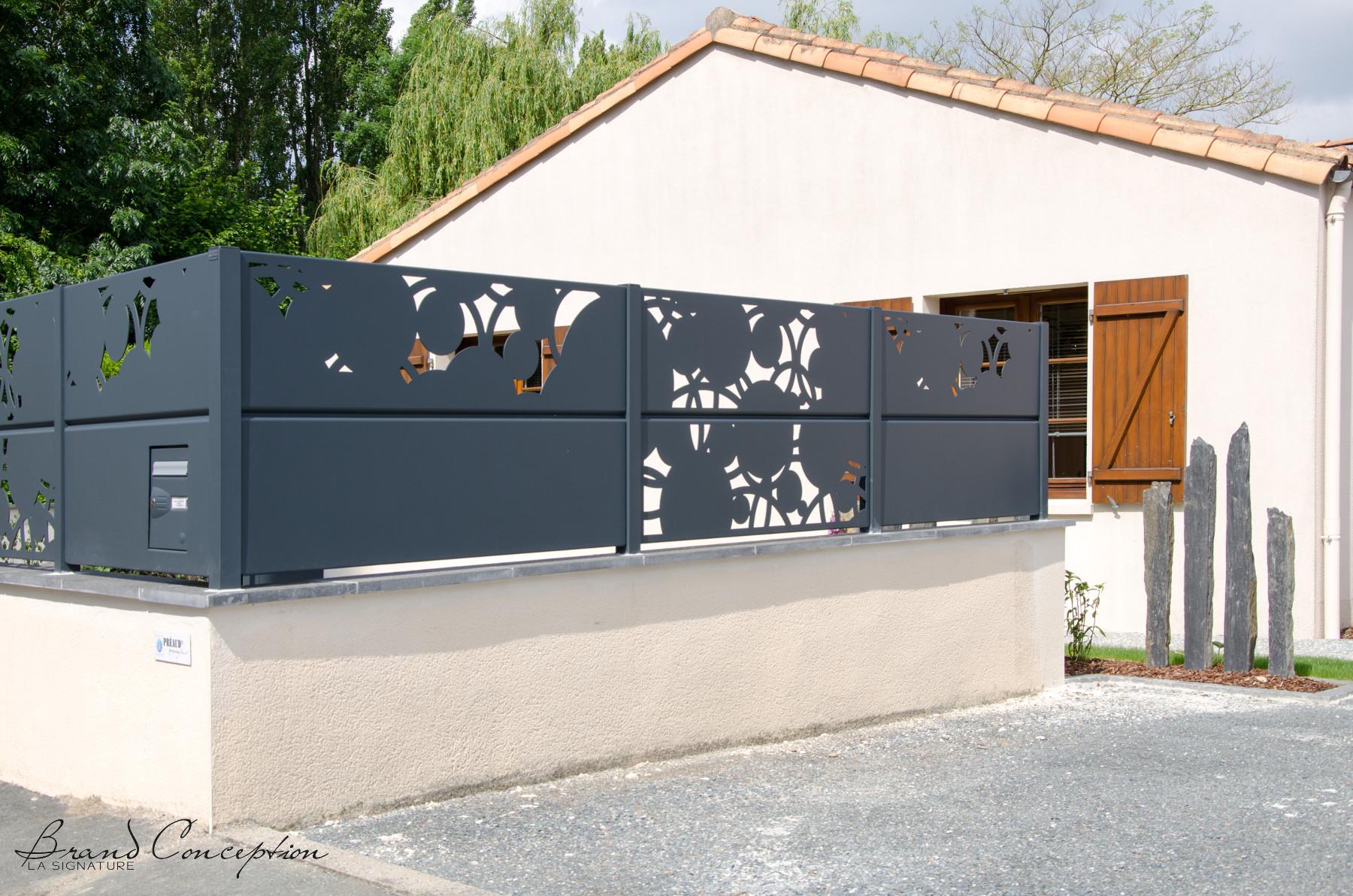 gamme palissade alu mod le quercus robur grillages. Black Bedroom Furniture Sets. Home Design Ideas