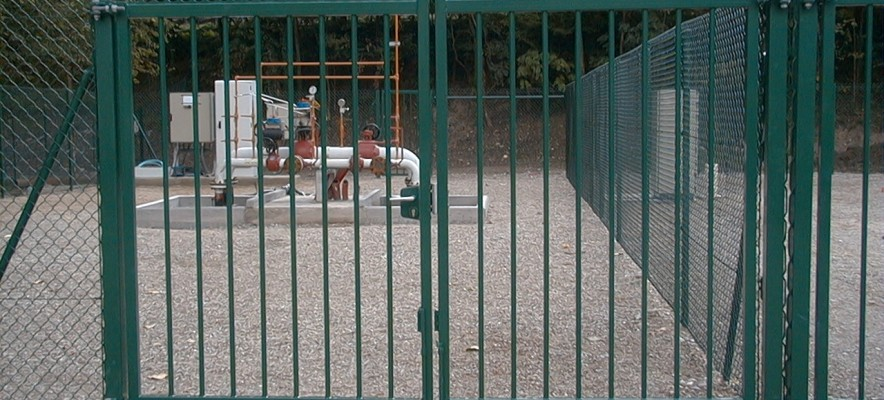 Porte pivotante industrielle vert 3